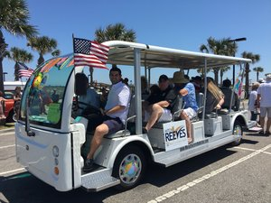 MotoEV Shuttles Mayor and City Council in Opening of the Beaches Parade